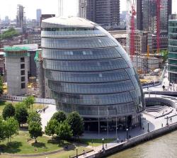 پاورپوینت بررسی بنای تالار شهر لندن